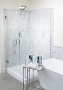 Tyvarian marble shower