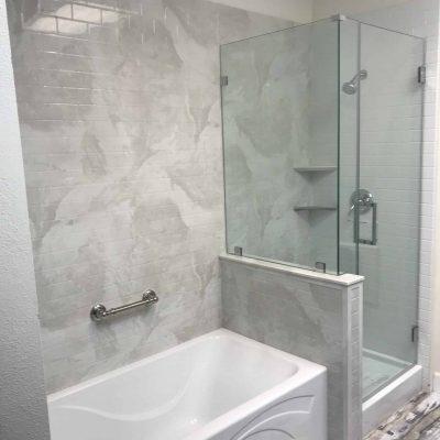 azbathmasters_bathroomsidebyside